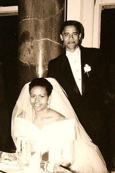 The Obama Family Diary: Photos Of President Barack Obama And First Lady Michelle Obama Michelle Obama, Barack Obama Family, Malia Obama, Obamas Family, Obama President, Celebrity Wedding Dresses, Celebrity Weddings, Wedding Gowns, Celebrity News