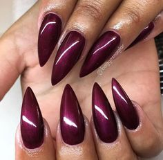 Almond nails in autumn colours