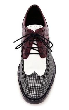 The Best Men's Shoes And Footwear : Alexander Wang Women's Nathan Brogue Oxford shoes Gentleman Stil, Men Dress, Dress Shoes, Women's Shoes, Shoes Sneakers, Louboutin Shoes, Platform Shoes, Gucci Shoes, Coat Shoes