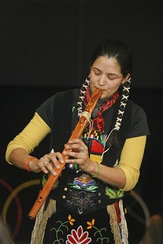 Thirza Defoe Performs on Native American Flute, via Flirck Native American Music, Native American Beauty, American Indian Art, Native American History, American Indians, Native American Instruments, Native Indian, Nativity, Vogue