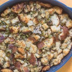 Our Low FODMAP Sourdough Apple Stuffing with Sausage is compliant with the Elimination phase of the low FODMAP diet and perfect for the winter holidays! Fodmap Diet, Low Fodmap, Fodmap Recipes, Diet Recipes, Fructose Free Recipes, Apple Stuffing, Easy Holiday Recipes, Casserole Dishes, Sausage