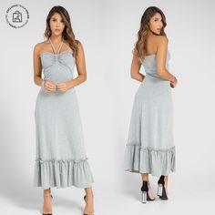 Lucir tu belleza latina con un vestido largo. Haz clic en la imagen y compra online>> Shopping, Long Gowns, Long Skirts, Elegant