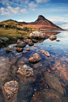 From the banks of Llyn Cregennen by Alun Davies on 500px