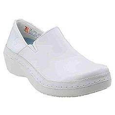 Top 20 Best White Nursing Shoes, Sneakers For Men, Women In 2018 Best White Shoes, Nursing Shoes Comfortable, White Nursing Shoes, Male Nurse, White Man, Womens Flats, Clogs, Nurse Shoes, Slip On