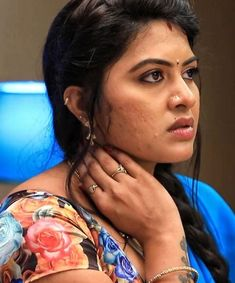 Indian Actress Hot Pics, South Indian Actress, Actress Photos, Beautiful Girl Indian, Most Beautiful Indian Actress, Cute Beauty, Beauty Full Girl, Hot Actresses, Indian Actresses