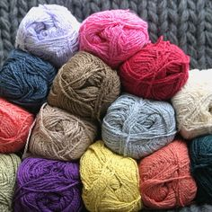 włóczka Cotton Boucle  98% bawełna 2% poliester 98% cotton 2% polyester