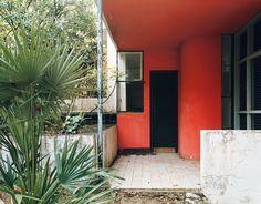 Eileen Gray's e.1027 house, 1929 _ (before renovation) _ Roquebrune- Cap-Martin _ France - purple MAGAZINE