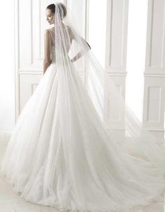 pronovias-wedding-dresses-3-06102014nz
