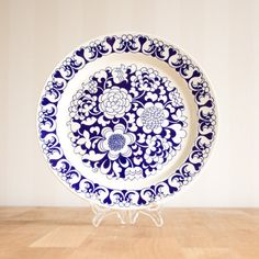 Arabia Finland Gardenia Dinner Plate Esteri Tomula Blue on Etsy, Vintage Pyrex Dishes, Blue Dishes, Plate Design, Ceramic Decor, Mandala Coloring, Scandinavian Style, Dinner Plates, Finland, Blue And White