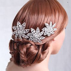 Fabulous Alloy Hair Combs with Rhinestone for Wedding Headpieces – USD $ 35.99