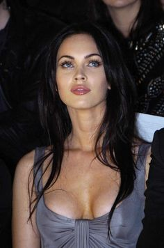 Photos of Nude Megan Fox and some fappening collection. Megan Fox was born may In her pedigree there are Irish, French and native American roots. Megan Fox Sexy, Megan Fox Fotos, Estilo Megan Fox, Megan Denise Fox, Beautiful Celebrities, Most Beautiful Women, Jennifer's Body, Hollywood Actresses, Biker Chick