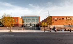 Gallery - Back of the Yards High School / STL Architects - 15