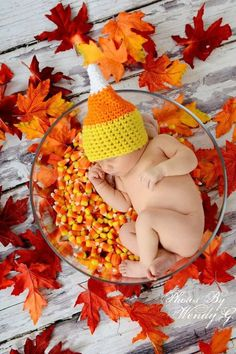 crochet candy corn hat- newborn- I HAVE to have a fall baby! Newborn Photography Props, Newborn Photos, Children Photography, Fall Baby Pictures, Holiday Pictures, Candy Pictures, Fall Pics, Fall Photos, Halloween Photography