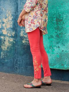 Tapestry Ladies Legging | Ladies, Skirts & Pants :Beautiful Designs by April Cornell