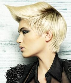 #handehaluk #hair #style #hairstylist #coiffeur #eyeshadow #beauty #hairstyle #ulus #zorlucenter #bangs #hairstyle #fashion #trend #haircolor #colour #longhair #girl #women #design #hairdye #hairfashion #shorthair #natural #hairdresser #braid #saloon http://www.handehaluk.com
