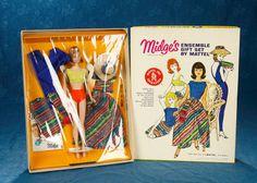 Barbie Box, Vintage Barbie Dolls, Barbie Clothes, Barbie Outfits, Barbie Friends, Mix N Match, Antique Dolls, Knits, Auction