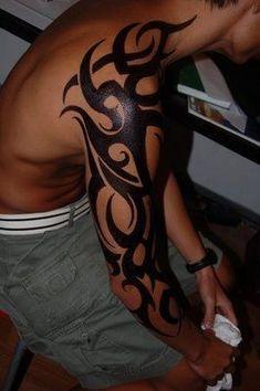 Tattoo Sleeve Mannen Skull 43 New Ideas Tribal Shoulder Tattoos, Tribal Tattoos For Men, Tribal Sleeve Tattoos, Best Sleeve Tattoos, Tribal Tattoo Designs, Arm Tattoos For Guys, Baby Tattoos, Body Art Tattoos, Tatoos