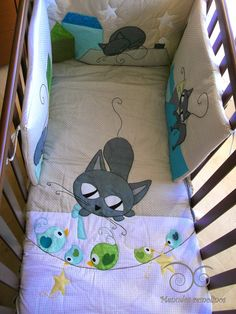 colcha y chichonera Baby Staff, Cat Patch, Patchwork Baby, Bebe Baby, Cat Quilt, Animal Quilts, Boy Quilts, Patch Kids, Free Baby Stuff