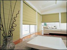 Cortina romana en tela #cortinas #persinas #cortinaromana Roman Shades, Curtains, Home Decor, Shutters, Fabrics, Insulated Curtains, Roman Blinds, Interior Design, Home Interiors