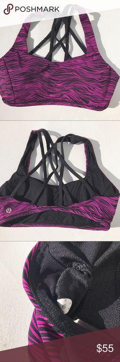 Lululemon patterned energy sports bra 6 Rare Great condition! Size 6 lululemon athletica Intimates & Sleepwear Bras