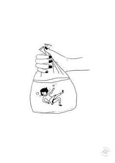 Девочка в мешочке с водой