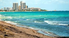 Palm Beach, Florida: This 14-mile long, half-mile-wild-island is one of the top beaches in FL!