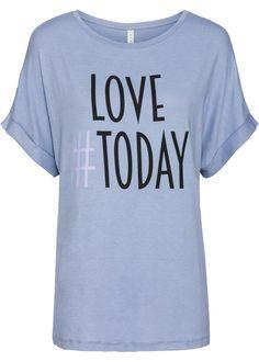 Lässiges Shirt mit angesagtem Hashtag Aufdruck vorn, lockere Passform und weich fließendes Material