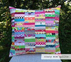 Scrap Fabric Crafts Crazy Mom - scrap happy pillow (with tutorial link) (crazy mom quilts). Scrap Fabric Projects, Fabric Scraps, Quilting Projects, Sewing Projects, Quilting Ideas, Patchwork Cushion, Quilted Pillow, Crazy Mom, Scrap Material