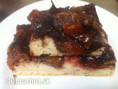 Makovo-slivkový koláč zo špaldovej múky