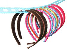 Best & Easiest headband holder!!                                    http://www.hipgirlclips.com/store/images/large/clothesline-for-craft-show-display-3.jpg