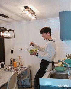 Asian Actors, Korean Actors, Korean Drama Stars, Handsome Faces, So Much Love, Pose Reference, Boyfriend Material, Cute Boys, Actors & Actresses