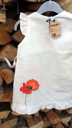 Купить или заказать Льняное детское платье.Ручная роспись. 'С Солнышком' в интернет-магазине на Ярмарке Мастеров. Льняное детское платье. Ручная роспись. Материал: натуральный лён. Рисунок выполнен высококачественными, не токсичными красками для льна, не стирается , не трескается, не боится влаги и перепадов температур.
