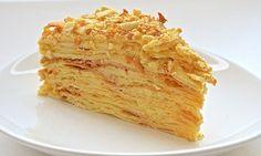 Источник:kaifzona.ru Наверняка, у каждой хозяйки есть свой рецепт приготовления этого вкуснейшего торта. Секреты приготовления этого лакомства даже передаются из поколения в поколение. Для многих это самый любимый десерт. Его готовят по особым случаям и торжествам. Мы готовы поделиться с вами рецептом идеального «Наполеона». Кусочки торта просто тают во рту. Готовить его не так уж и […]