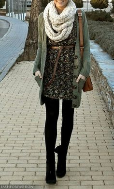 .love black opaque tights with dresses for fall