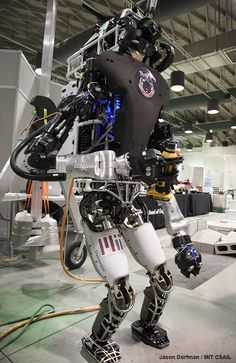 Futuristic Robot, Futuristic Technology, Advanced Robotics, Robot Programming, Boston Dynamics, Combat Suit, Real Robots, Humanoid Robot, Robot Technology
