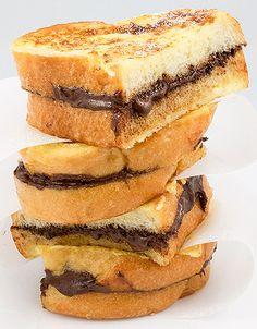 cikolatali-tost-nasil-yapilir