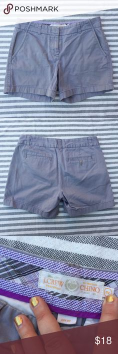 """J. Crew city fit chino shorts grey 5"""" size 2 Excellent used condition. Approximate flat measurements: waist 15in, length 13in, inseam 5in. J. Crew Shorts"""