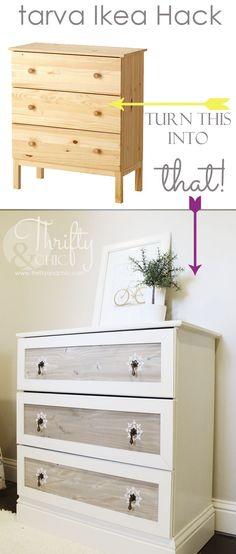 Mesa/oratório: pintar de branco; quadro na parede ou encostado. Santos na mesa, tirar as taças e colocar as duas velas coloridas.