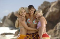 Phoebe Tonkin and Claire Holt in Just Add Water Rikki H2o, Phoebe Tonkin H2o, Cariba Heine, Moon Pool, H2o Mermaids, Mermaid Pool, Indiana Evans, Ordinary Girls, Claire Holt