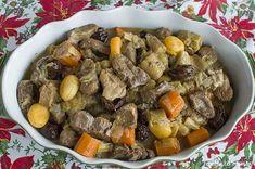 Μενού για ρεβεγιόν. Pot Roast, Menu, Xmas, Spirit, Ethnic Recipes, Food, Carne Asada, Menu Board Design, Christmas