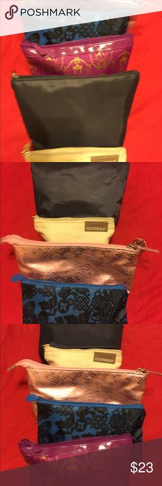 Bundle Bags ipsy 23$ Bundle Bags ipsy new ! For everything little !Especially for women different colors. Nice 👍 Bags 💼.free smoked. Bags Cosmetic Bags & Cases