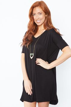 Cara Dress - Black - Loose fit, v-neck, elbow length sleeve dress.