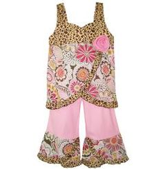@Overstock - Make your little girl the talk of the town by dressing her in this girls clothing set by AnnLoren. It features a lovely floral and leopard print and leopard ruffle trim for extra cuteness.http://www.overstock.com/Clothing-Shoes/AnnLoren-Girls-Floral-Leopard-Tank-and-Capri-Set/6440461/product.html?CID=214117 $26.49