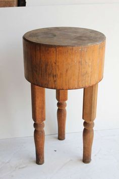 vintage round butcher block table - looks a lot like mine. but much smaller