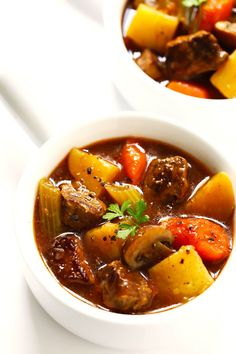 My favorite classic Beef Stew recipe -- Instant Pot (pressure cooker) or Crock Pot (slow My favorite classic Beef Stew recipe -- Slow Cooker Steak, Crock Pot Slow Cooker, Crockpot, Best Beef Stew Recipe, Beef Recipes, Healthy Recipes, Vitamix Recipes, Jelly Recipes, Canning Recipes