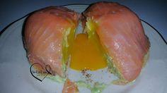Dôme de saumon fumé, coeur coulant et crème d'avocats