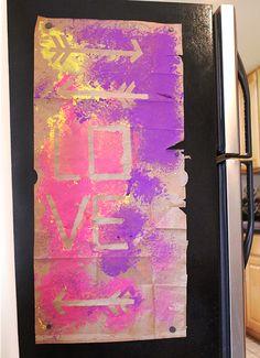 Great indoor kid activity: make graffiti art.