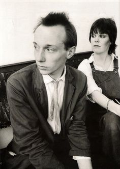 box-clever:    Howard Devoto and Linder Sterling, Salford, 22 June 1977 (by Kevin Cummins)