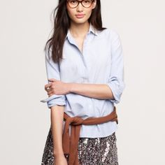 Boy Shirt in Washed Oxford Cloth Our signature boyfriend shirt. In a classic silhouette, updated with seams at the bust for a subtly feminine fit. Cotton. Long roll-up sleeves. Great condition. J. Crew Tops Button Down Shirts