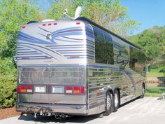 """Prevost """"Featherlite"""" Luxury Coach here in Sevierville, TN Prevost Bus, Motor Homes, Busses, Coaches, Trailers, Rv, Camper, Automobile, Tours"""